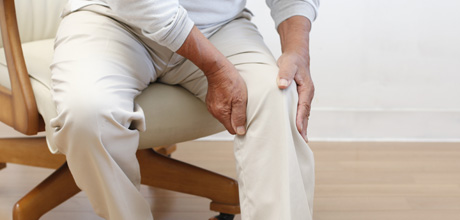 http://www.mygenesishealth.com/treatment-options/bone-health/images/osteoporosis-men.jpg